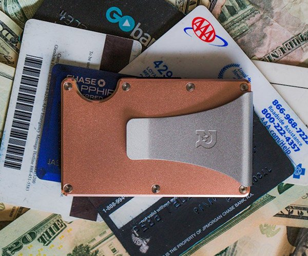 Wallet Spring Cleaning Tips
