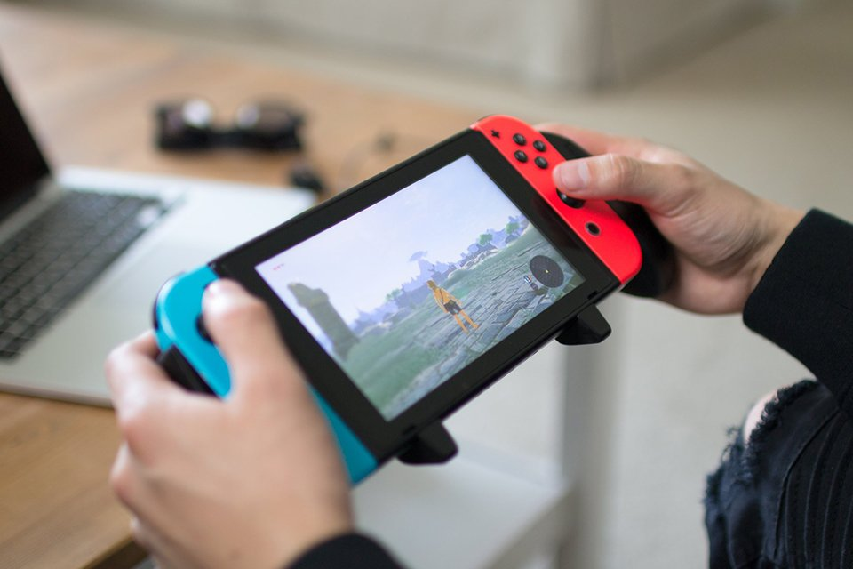 Nintendo Switch Pro Gaming Grip