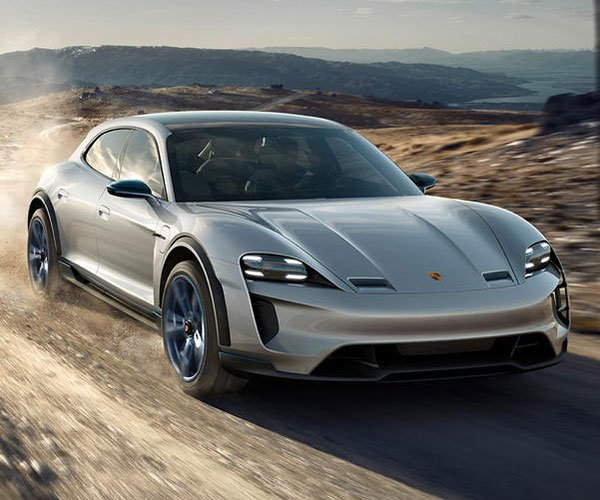 Porsche Mission E Cross Turismo