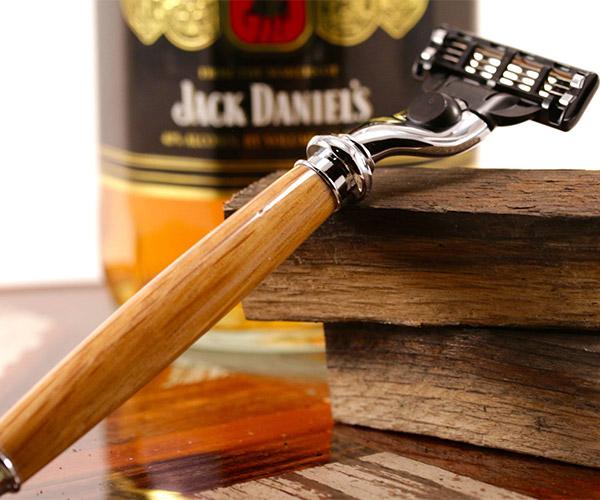 Whiskey Barrel Razor