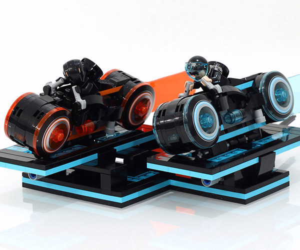 LEGO TRON Action Stands