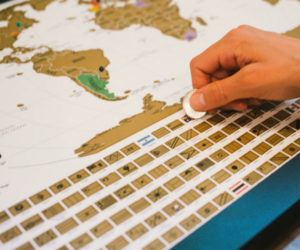 Deal: Scratch-off World Map