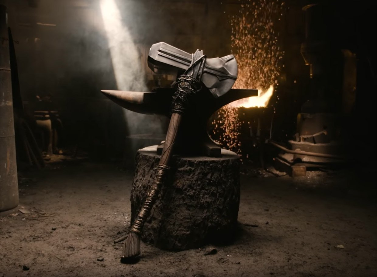 Man at Arms: Reforged Takes on Thor's Stormbringer Hammer Axe