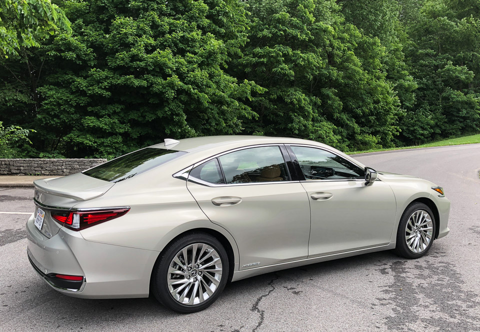 the 2019 lexus es is a whole new car top