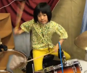 Yoyoka Plays the Drums