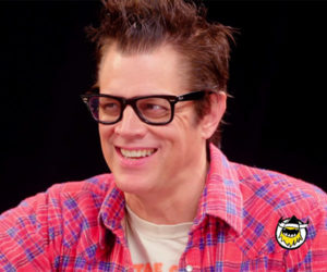 Johnny Knoxville vs. Hot Wings