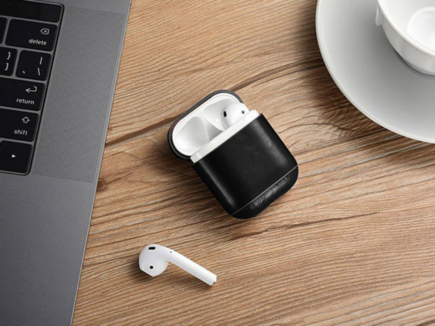 Deal: Leather AirPod Case