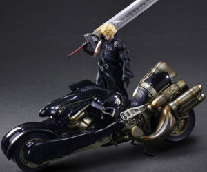 Final Fantasy AC Cloud & Fenrir Figures