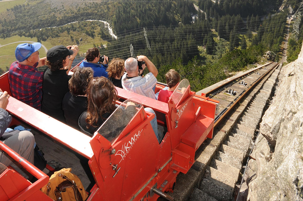 Steep Funicular Time-lapse
