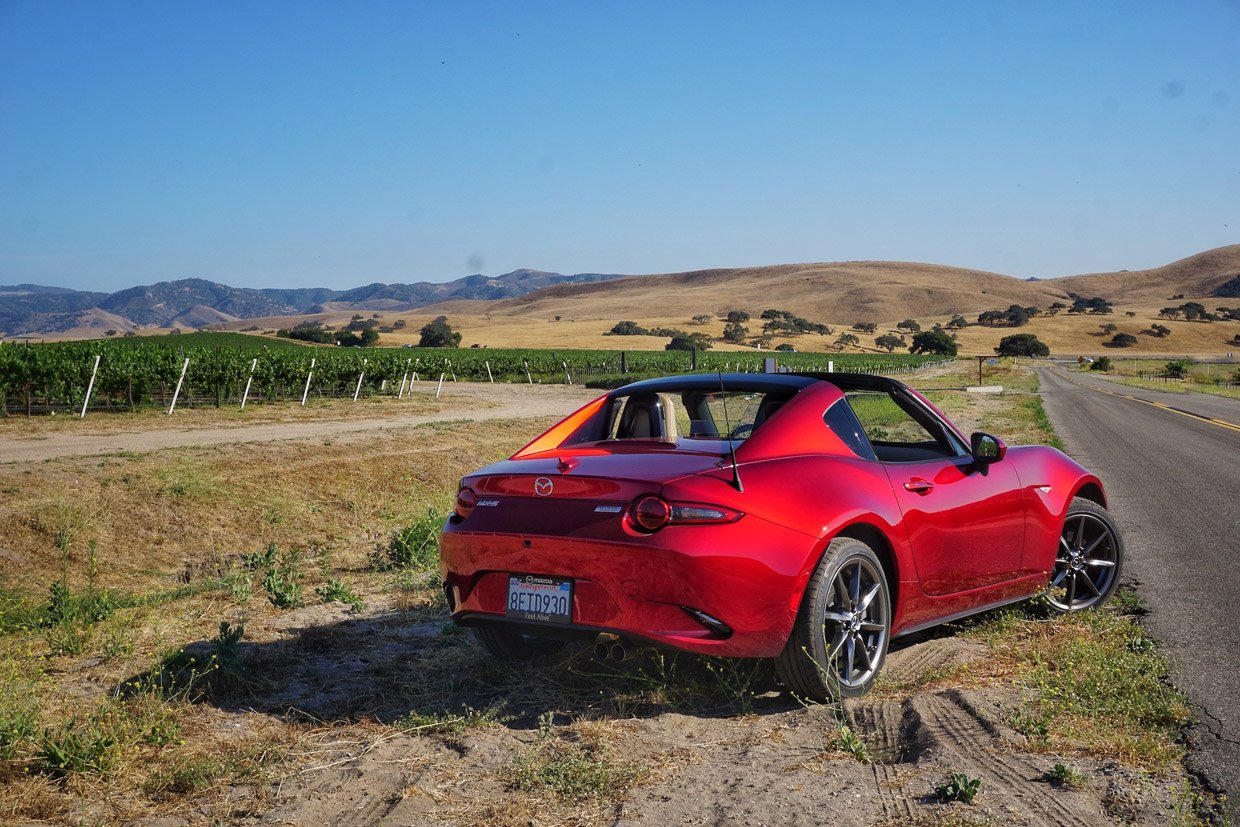 we drop the top on the 2019 mazda mx 5 miata. Black Bedroom Furniture Sets. Home Design Ideas