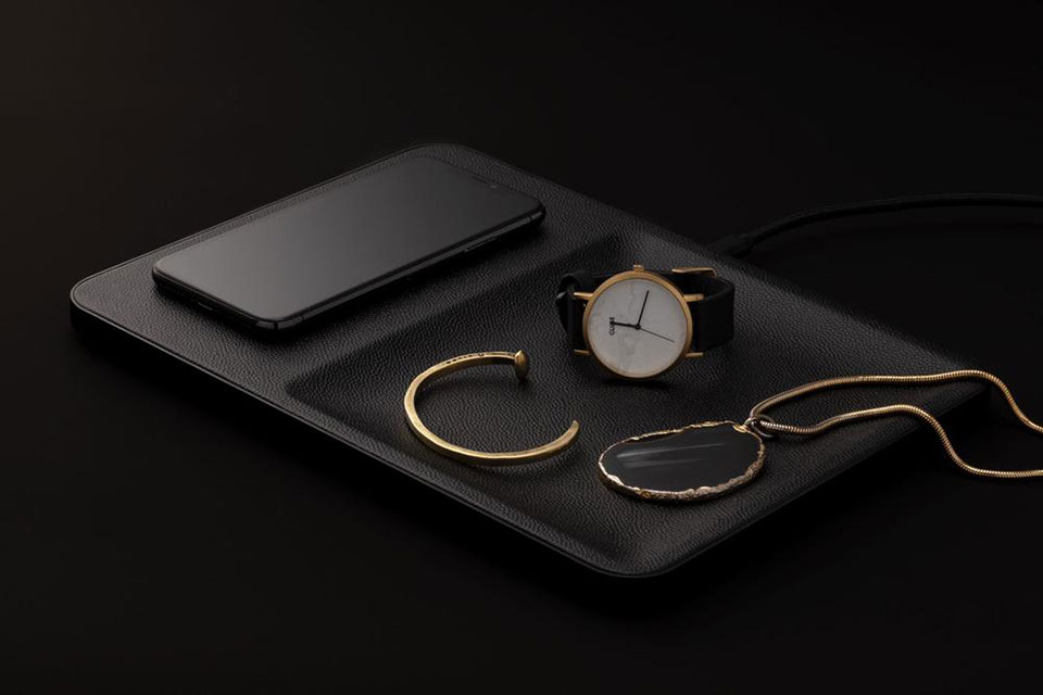 Courant Catch:3 Wireless Charger