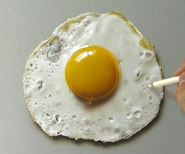 Drawing a Realistic Fried Egg