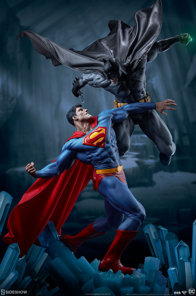 Batman vs. Superman Diorama