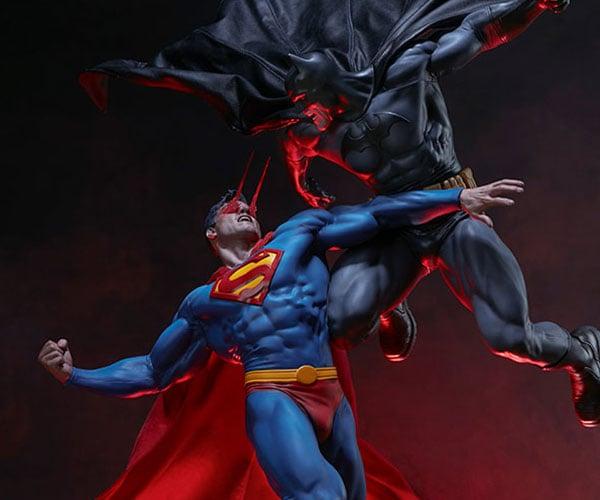 Batman vs. Superman Diorama