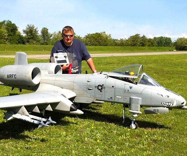 Giant R/C A-10 Warthog