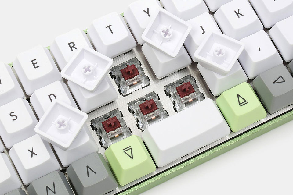 OKLB's Planck Mechanical Keyboard Kit Ensures All Keys Are Within Reach