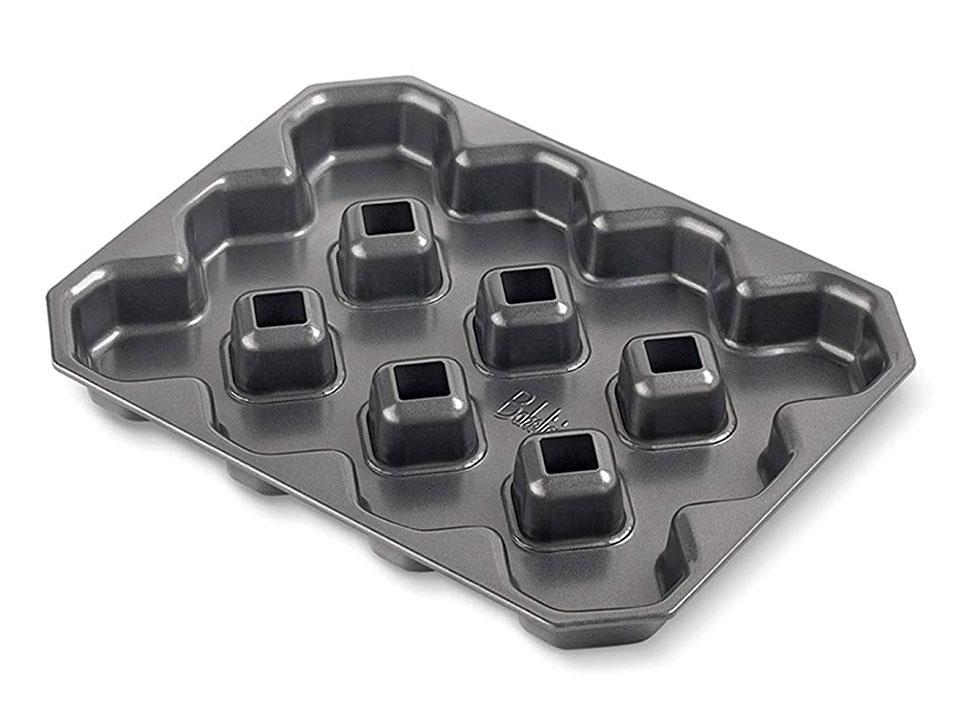 Crispy Corner Brownie Pan
