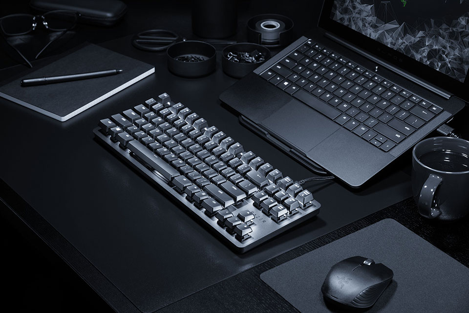 The Razer Blackwidow Lite Is A Minimal And Silent Gaming