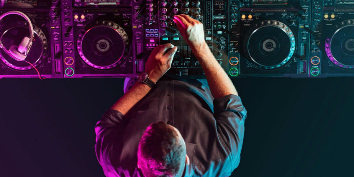 Learn to Be a DJ