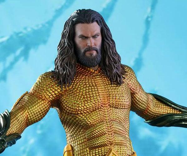 Hot Toys Aquaman Action Figure