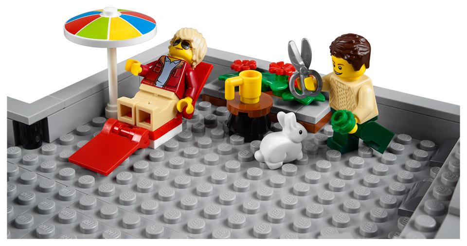 LEGO Creator Expert Corner Garage