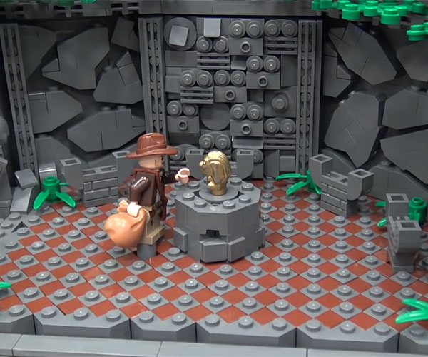 Raiders of the Lost Ark LEGO Diorama