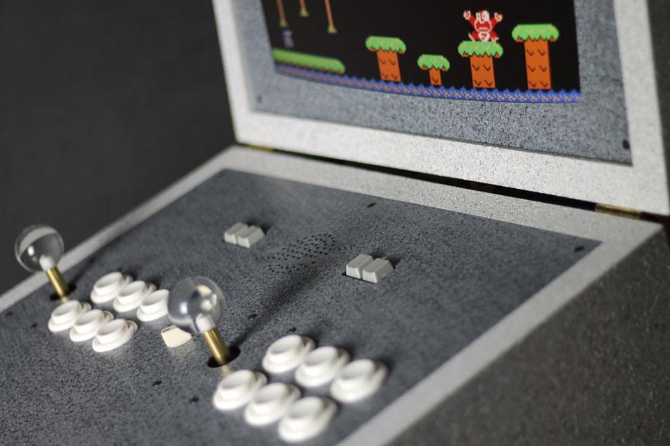 Love Hulten Pixelkabinett 42 Arcade