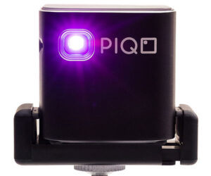 PIQO Pocket Projector
