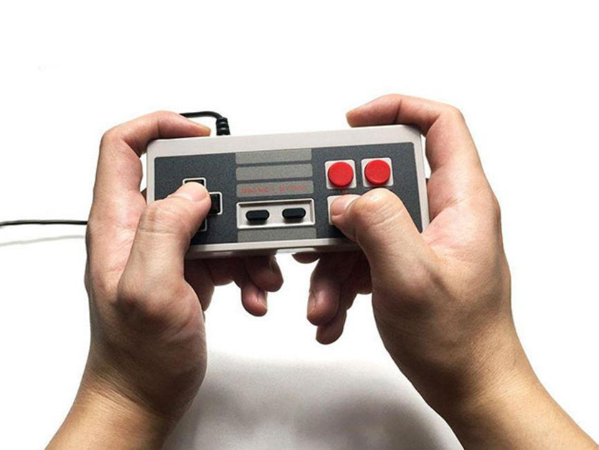 Retro Gaming Console 600