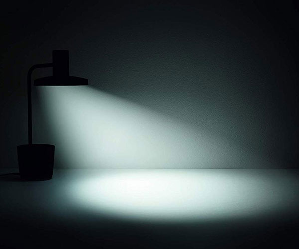 The Light Desk Lamp