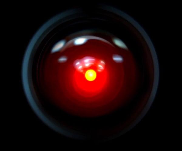 AI Expert Critiques Sci-Fi