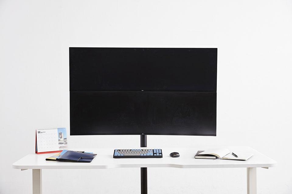 LG 49″ UltraWide Monitor
