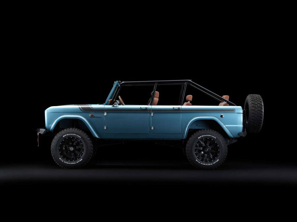 Maxlider 4-Door Ford Bronco
