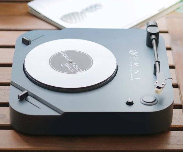 The Omni Portable Turntable Is Made For Listening And