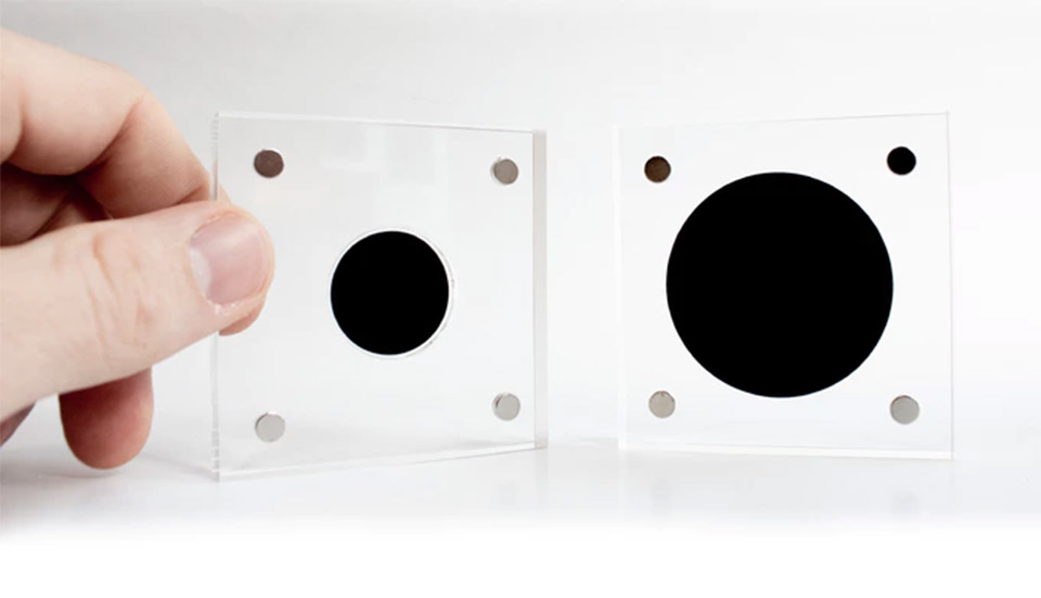 Singularity Simulated Black Hole