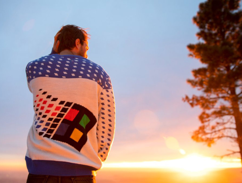 Microsoft Windows 95 Sweater