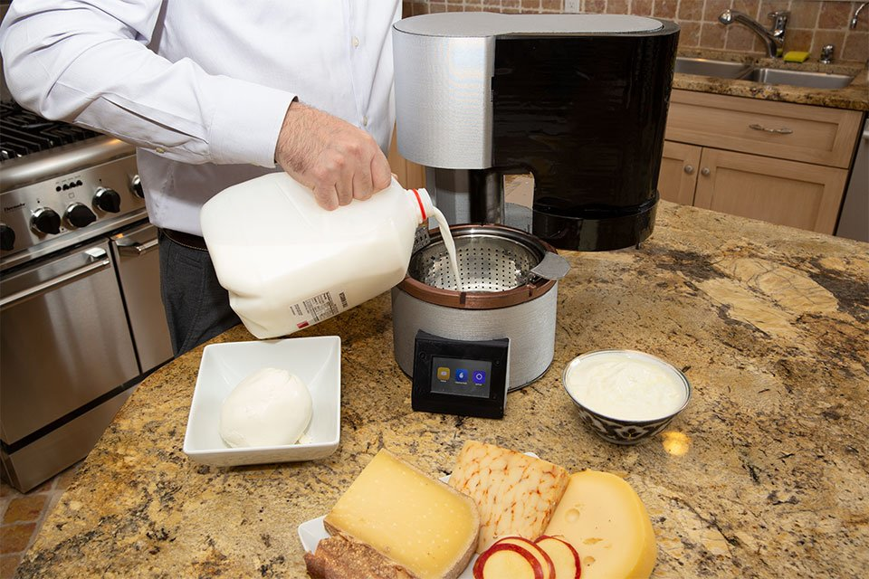 Fromaggio Home Cheesemaker