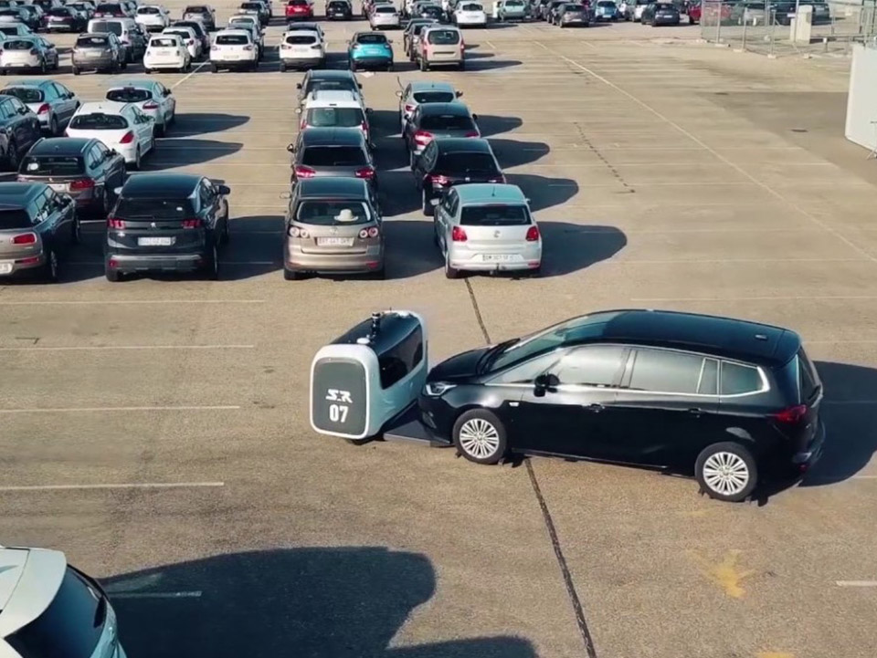 Stan: The Valet Parking Robot