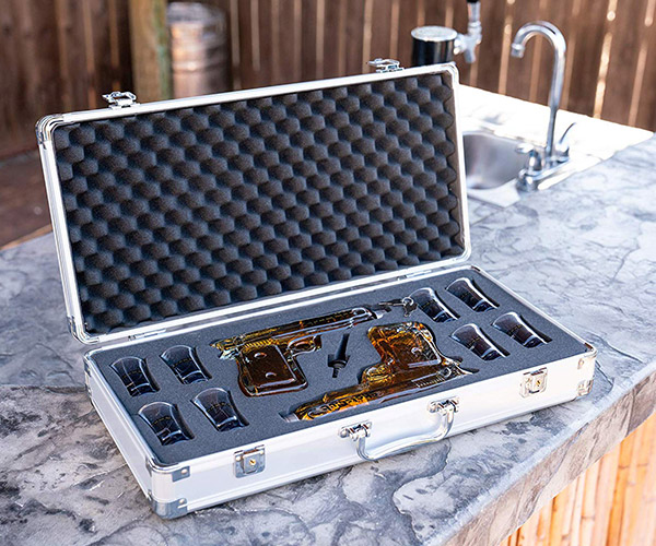 ShotsClub Gun Decanter Set