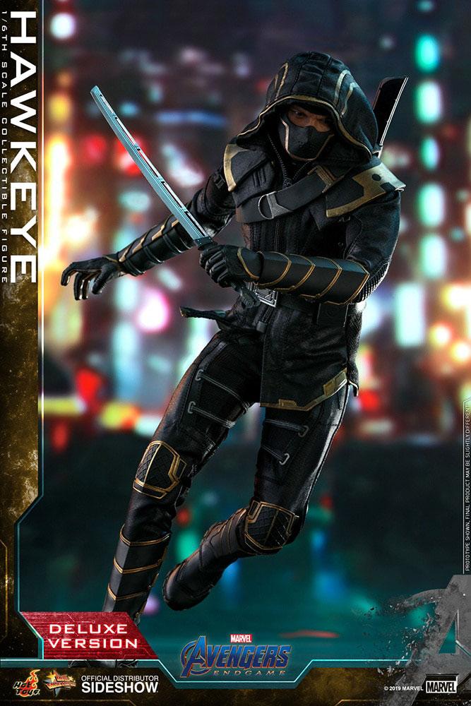 Hot Toys Hawkeye Endgame Figure