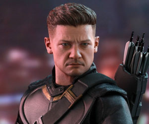 Hot Toys Hawkeye Endgame Figure