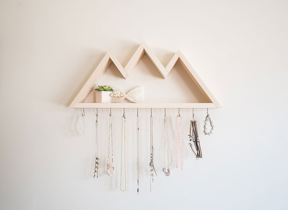 Wood Mountain Shelf