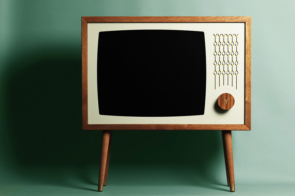 Yesterday Vision Retro Console