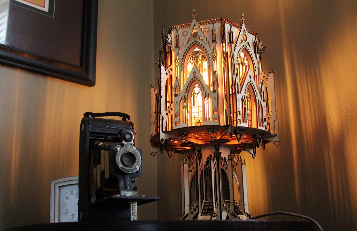 Cathedral Flat-pack Lamp