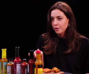 Aubrey Plaza vs. Hot Wings