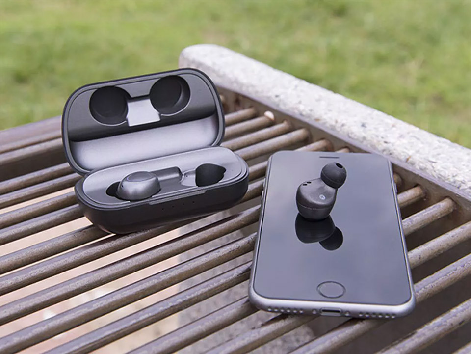 Brio Phantom X7 Wireless Earbuds