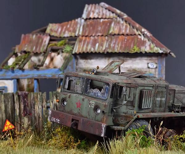 Tiny Apocalypse Diorama