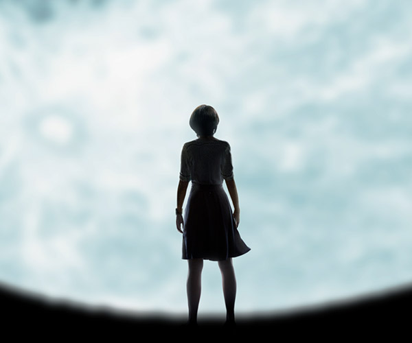 Lucy in the Sky (Trailer)