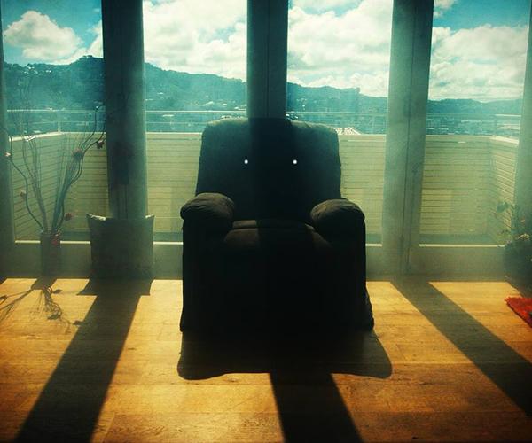 Killer Sofa (Trailer)