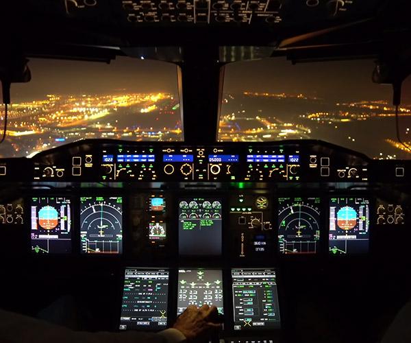 A380 Night Landing